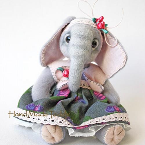 Слоня Эмми